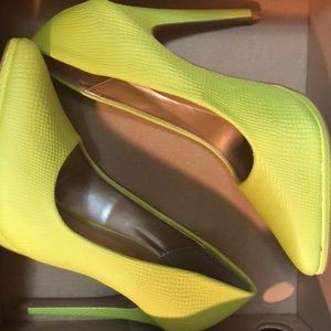 Charlotte Russe Shoes - Neon Yellow Snakeskin Pumps